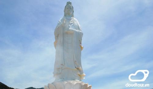 Tour Cần Thơ Đà Nẵng chùa Linh ứng